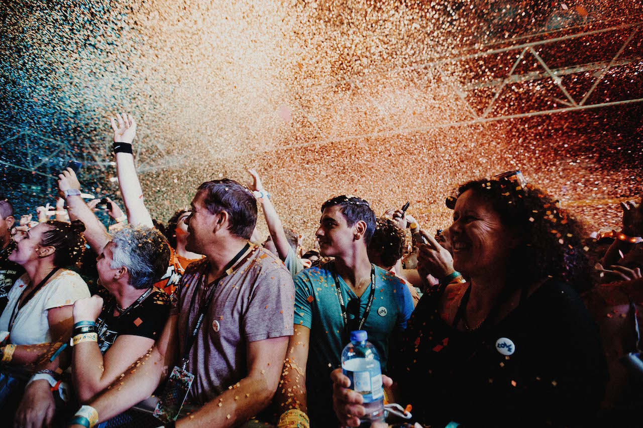 waterfall hindu singles The clip was inspired by the hindu spring festival holi which is  coldplay - every teardrop is a waterfall  this was the breakthrough hit single for coldplay.
