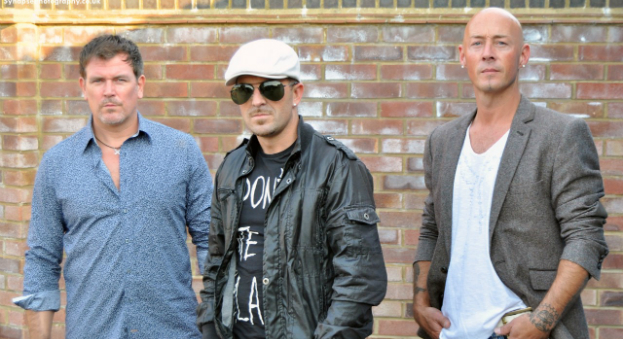 East 17 press shot