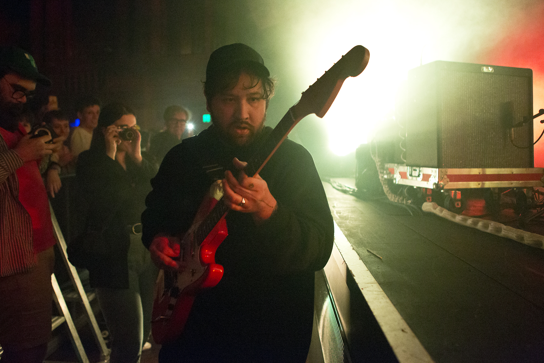 Live Review & Gallery: Unknown Mortal Orchestra @ The Forum – 12 09